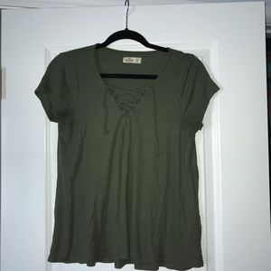 olive green hollister t-shirt with crosses